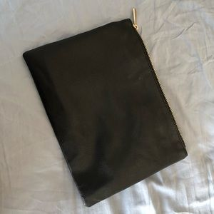 FOREVER 21 | Black Leather Clutch